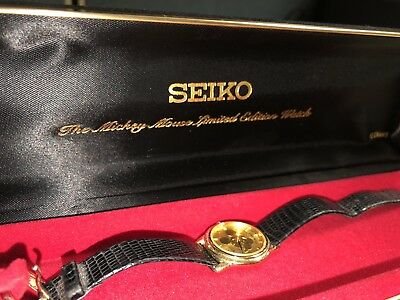 Vintage Seiko Mickey Mouse Watch (Limited Edition) Gold GREAT CONDITION LADIES