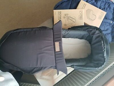 Mountain buggy duet carrycot V3, cot storm cover and duet single storm cover