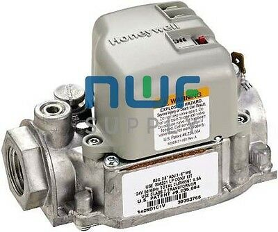 """Honeywell VR8215S1503 Gas Valve Direct Ignition Combination Gas Control 1/2"""""""