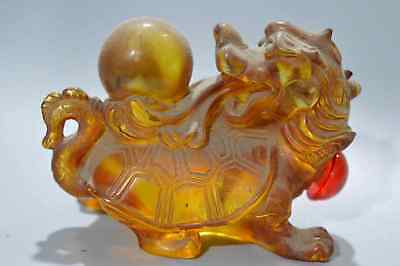 China Collectable Handwork Amber Carve Dragon Tortoise Play Bead Snuff Bottle