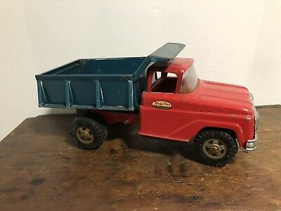 Vintage 1960's Tonka Hydraulic Dump Truck Red & Green  Pressed Steel Old Toy