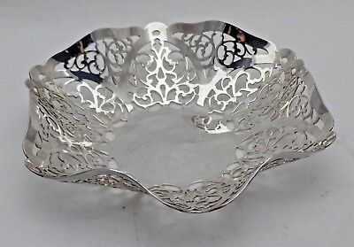 Vintage Solid Sterling Silver Pretty Fluted Round Pierced Sided Dish