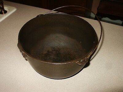 RARE Vintage Cast Iron Wagner (arc) #3 Kettle Pot w/ Handle & Ring