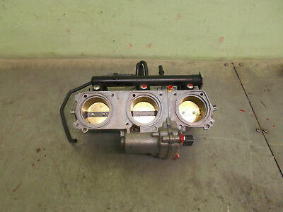 triumph  tiger  800 xcx  throttle bodies