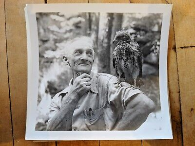 Vintage 1943 YOUNGSTOWN OH Snapshot Group Mill Creek Park Naturalist Hawk Photo