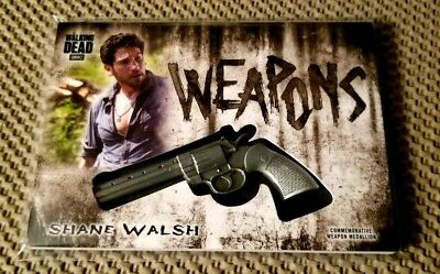 Shane Walsh 2018 Topps Walking Dead Hunters Hunted SP Weapons Revolver Medallion