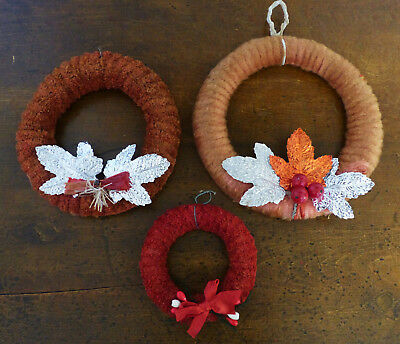 VINTAGE 3 EARLY 1940s-50s RETRO Christmas CHENILLE SMALL WREATHS Ornaments