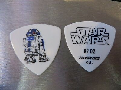 STAR WARS Guitar Pick!! DISNEY #4 DARTH VADER