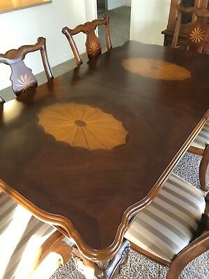 ANTIQUE SOLID WOOD DINING TABLE-HAND CARVED w/ 6 CHAIRS