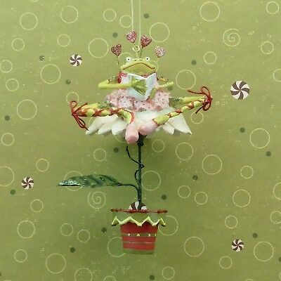 Krinkles WHITE POINSETTIA POTTED FROG ORNAMENT Patience Brewster Dept 56 NIB
