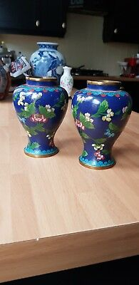 beautiful pair of chinese cloisonne lidded vases
