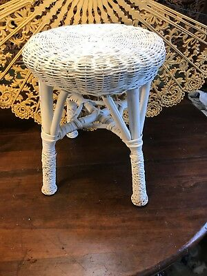 "Vintage Round WHITE WICKER Stool 18"" Tall. 15"" Diameter. 4 Legs. Very Good."
