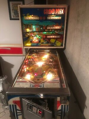 Williams Grand Prix Four player pinball