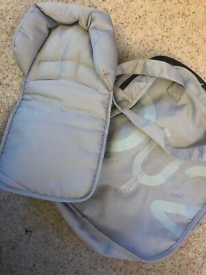 Babystyle  Oyster Head hugger And Bag Silver Grey