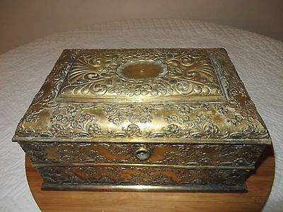 Derby Silver Co. Quadruple Plate Repousse Humidor Cigarette Tobacco Box *rare*
