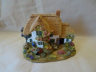 Lilliput Lane Chocolate Box Cottage with box and deed signed by painter