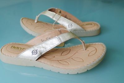 1b9f6bc44c293 NEW BORN WOMENS 9 Amelie Gold Leather Slide Thong Flip Flop Sandals SUMMER  SHOES