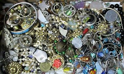 UNTESTED UNSEARCHED Junk Jewelry lot 2 Lbs lot# 8722
