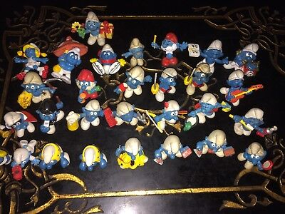 HUGE LOT OF 30 VINTAGE SMURFS 2 mason brick layer tailor baby with red car truck