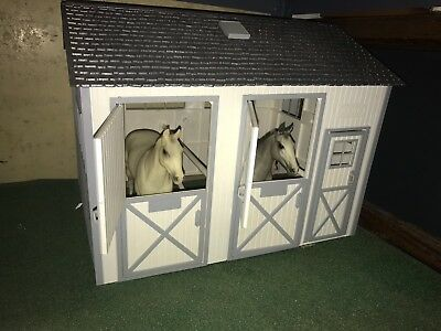 Breyer Country Stable Retired 1992 Used In Original Box
