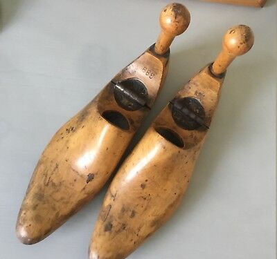 Pair of vintage brass hinged wooden shoe trees / lasts Size 6.5