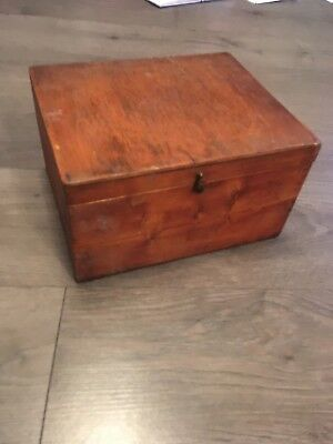 VINTAGE WOODEN BOX Cash/savings Box