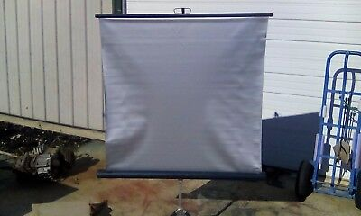 "Vtg SILVER PROJECTION SCREEN, Movie TV Slide Tripod 40"" x 39"" Blue Hsg"
