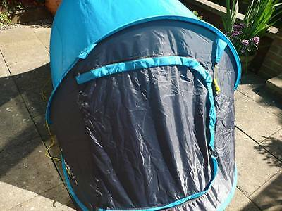 Yellowstone fastpitch 2 instant festival blue tent, slightly damaged