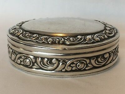 Beautiful Antique German Silver snuff box marked 800