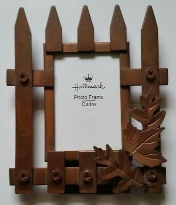 "Pre-Owned Hallmark 3""x 2"" Picture/Photo Frame - Metal Picket Fence With Leaves"