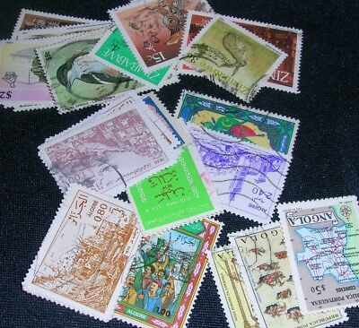 Mixture of African countries Postage Stamps over 100 stamps mixed in great cond