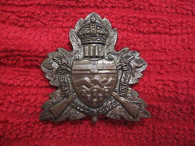 WWII UNIVERSITY OF ALBERTA officers taining corps cap badge.