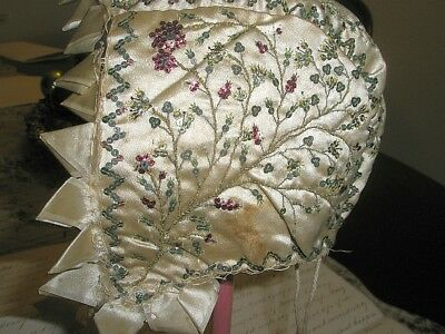 AN ANTIQUE REGENCY GEORGIAN EMBROIDERED BABY BONNET WITH SEQUINS ca. 1780/1800