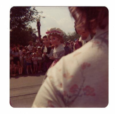 Vintage 1976 Photo Walt Disney World AMERICA ON PARADE Florida 1970's Nov18