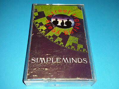SIMPLE MINDS - STREET FIGHTING YEARS - cassette (1989, VIRGIN CANADA) CrO2