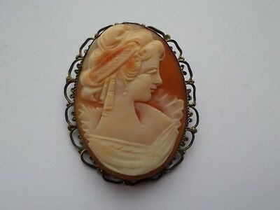Vintage natural shell cameo brooch