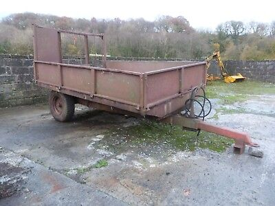 Agricultural 3-4 ton tipping trailer 10' x 7'