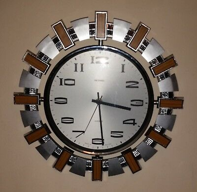 Vintage metamec quartz wall clock 1960's -1970's