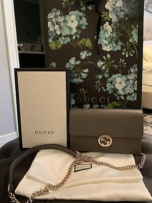 NIB AUTH Gucci Interlocking GG Wallet Chain Grey Gray Leather Crossbody  Purse c8f5444587120