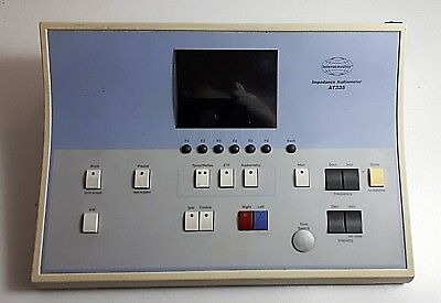 Interacoustics clinical audiometer AT235