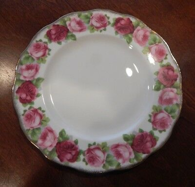 """Royal Albert """"old English Rose"""" Pattern Dinner Plate (S) 10 1/4"""" Made England"""