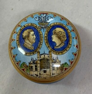 Halcyon Days Enamel Small Covered Threaded Box Prince Of Wales Camilla Boulos