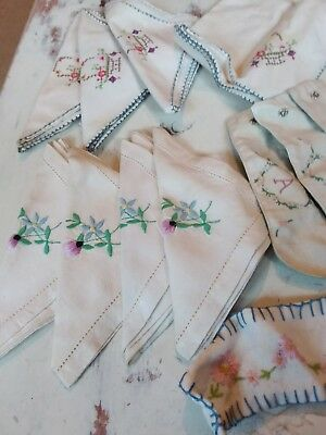 Vintage embroidered napkins, hand embroidery 1950's table linen bundle