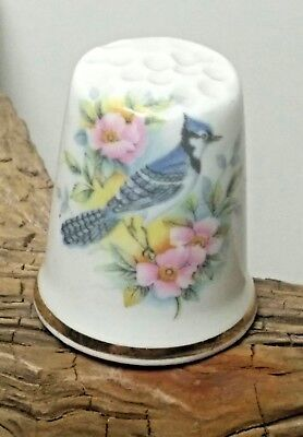 VINTAGE 1980'S FINE BONE CHINA PAINTED BLUE JAY w FLOWERS SEWING THIMBLE ENGLAND