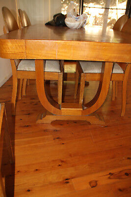Art Deco dining table & 6 chairs needs refurbish but steady piece.
