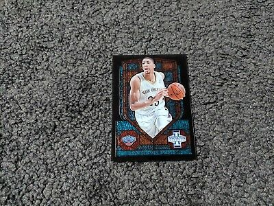 2013-14 Panini Innovation Stained Glass Blue /20 Anthony Davis