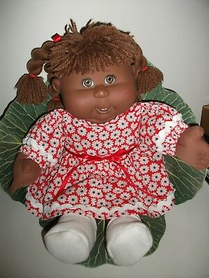 Play Along  Cabbage Patch Girl Doll 2004 -  Brown Hair, Brown Eyes.