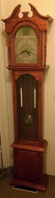 Grandfather clock longcase in good condition with key and instructions