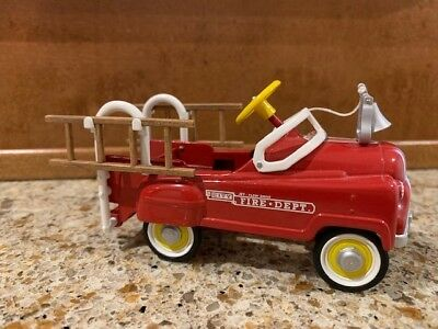 1955 Murray Fire Truck with Bell ~ Hallmark Kiddie Car Classics (1999)