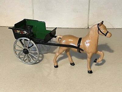 Die Cast Iron Horse & Cart Old Very Heavy Vintage Racing Sprint